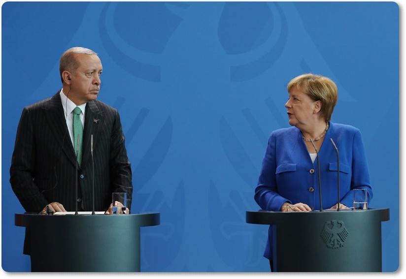 Cumhurbaşkanımız Erdoğan, Almanya Başbakanı Merkel ile ortak basın toplantısı düzenledi