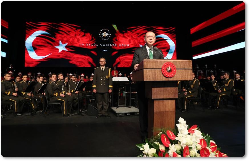 """""""Türk milleti olarak tarihin bize yüklediği sorumlulukları samimiyetle üstlendikçe hep kazandık, hep ilerledik"""""""