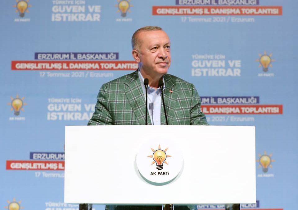 """""""Türkiye'nin önünde yeni ufuklar açacak projelerimizi devreye almaya devam edeceğiz"""""""